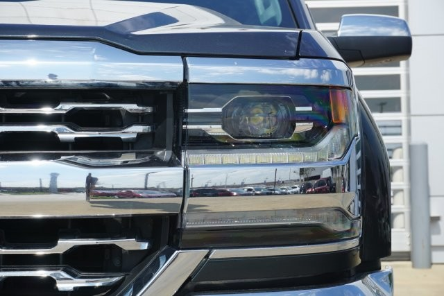 Pre-Owned 2017 Chevrolet Silverado 1500 LTZ *** NAVIGATION *** BOSE ***SUNROOF ***
