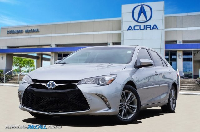 Pre-Owned 2016 Toyota Camry Hybrid SE