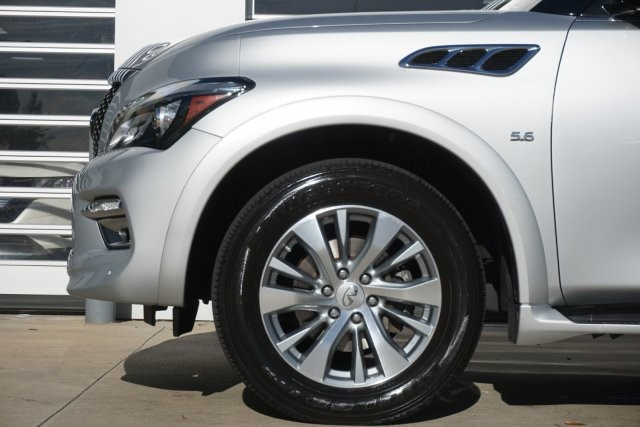 Pre-Owned 2015 INFINITI QX80 Limited